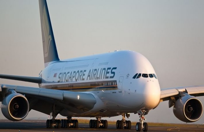 ve-may-bay-gia-re-singapore-airlines-01n