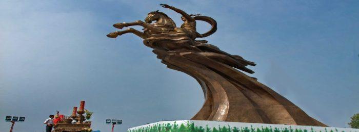 Hanoi-Travel-Den-Giong-1.2